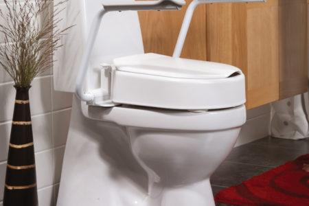 Toilettensitzerhohung-mit-Armlehnen